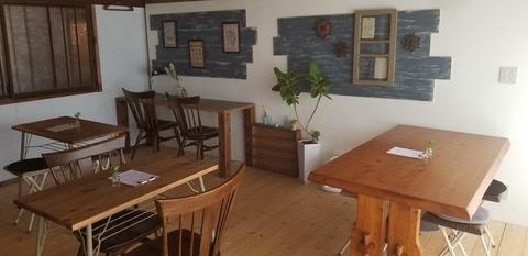 『小さなお店4april』カフェスペース