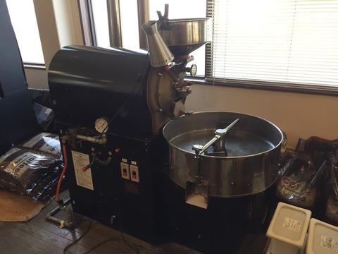 『coffee & jazz 自家焙煎 mon Oncle(モノンクル)』焙煎機