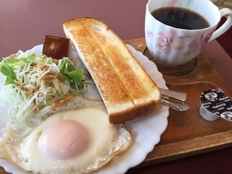 『カフェ カタラクト』モーニング
