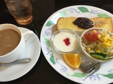 「cafe くまさんのおうち」モーニング