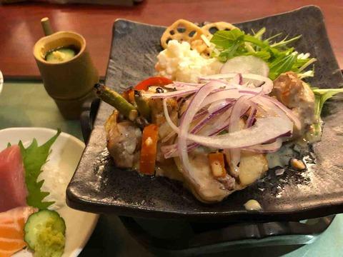 「旬菜 月兎 江南店」ランチ 若鶏の三色ロール焦がしクリームソース