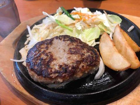 『にっくい亭 江南赤童子店』鉄板オリジナルハンバーグ豚汁ランチ