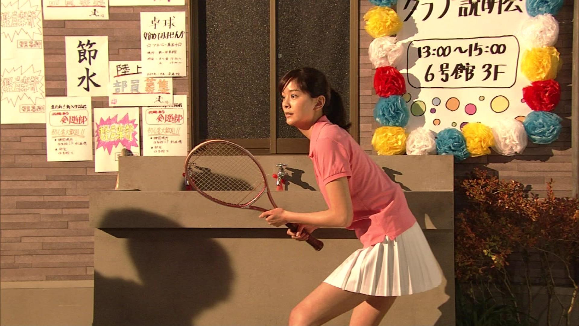 女優石橋杏奈コント番組「LIFE!」で英語動画ラップ披露!性格は天然でかわいい!