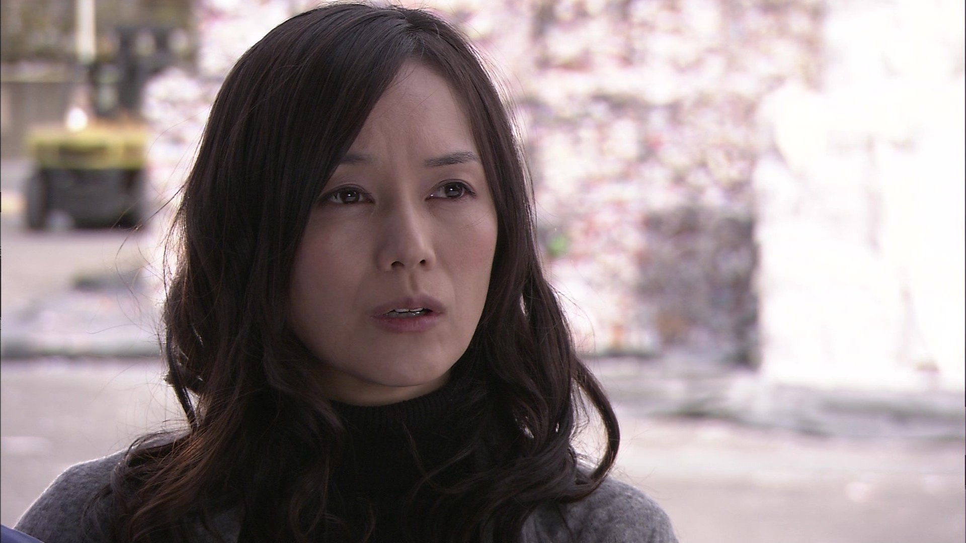 奥貫薫タートルネック黒