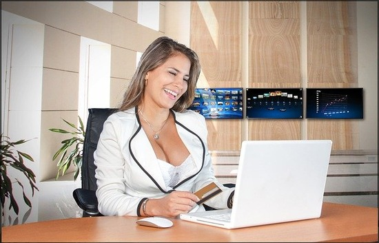 business-women-2268728_640