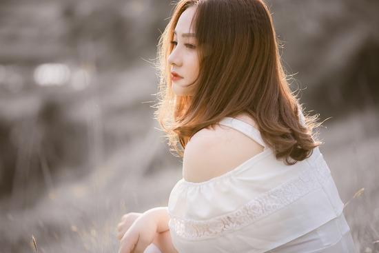 girl-4506318_960_720