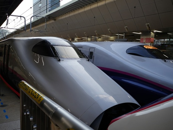 bullet-train-2794178_960_720