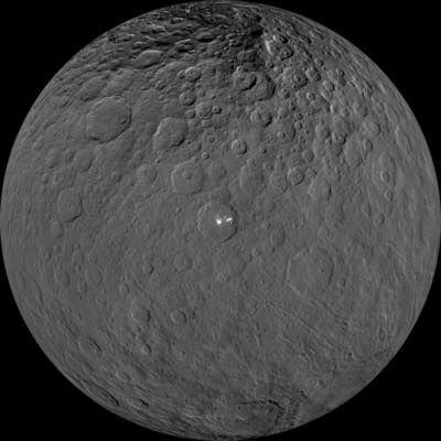"""【宇宙】""""準惑星ケレス""""は海洋天体との発表。生命の可能性も"""