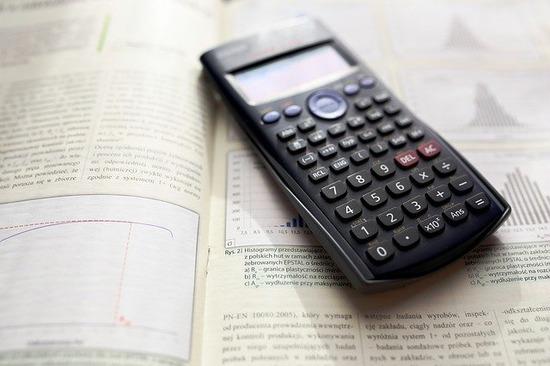 calculator-983900_640