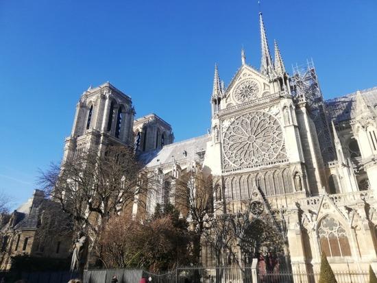 【フランス】ノートルダム大聖堂、富豪や企業から寄付の申し出相次ぐも実際に支払われたのは10%