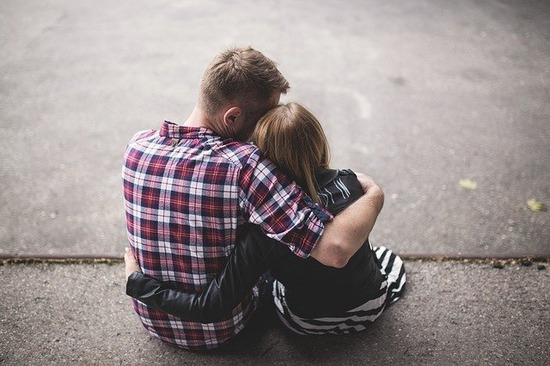 couple-1853996_640