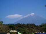 富士山も帽子