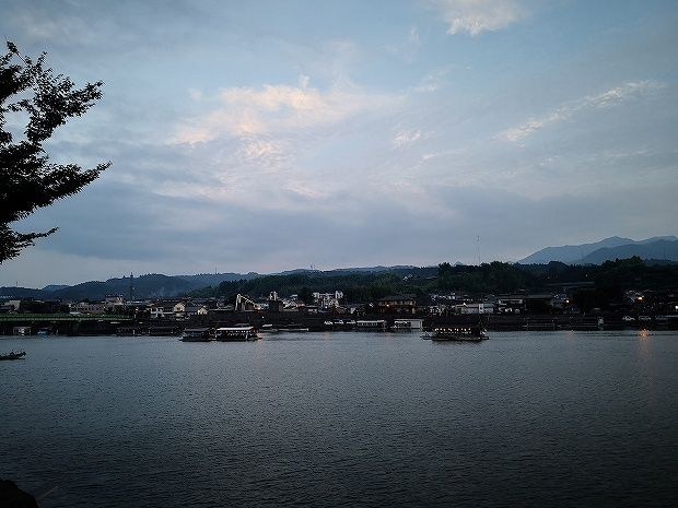 屋形船で非日常を! 日田温泉 亀山亭ホテル (1)