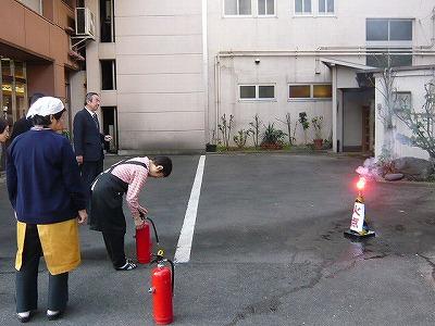 消防に対する非難訓練