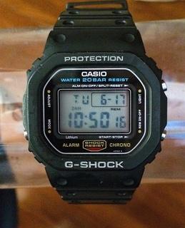 キアヌリーブス G-SHOCK  DW-5600C-1V (スピードモデル)