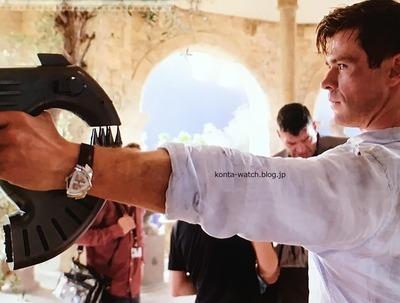 クリス・ヘムズワース(Chris Hemsworth) ハミルトン ベンチュラオート 映画『メン・イン・ブラック:インターナショナル』より