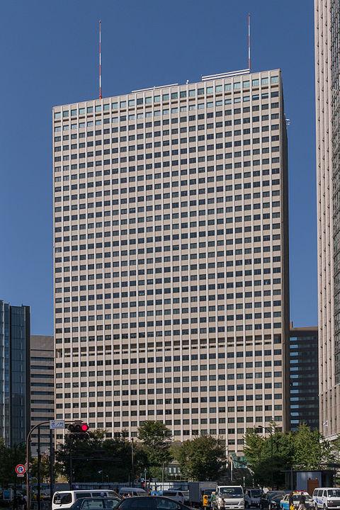 480px-Kasumigaseki-Building-01