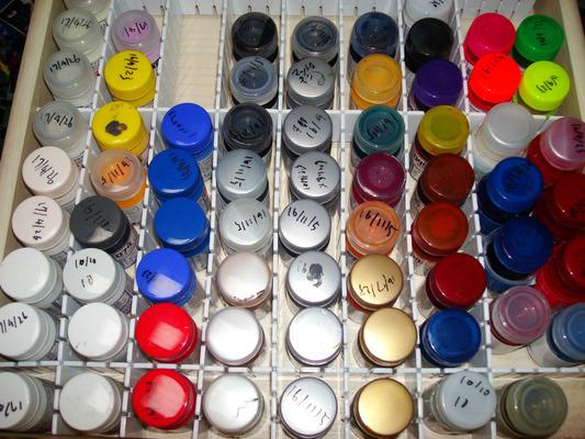 塗料瓶 仕切り 100均