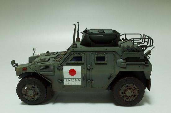1/35 陸上自衛隊 軽装甲機動車 イラク派遣仕様