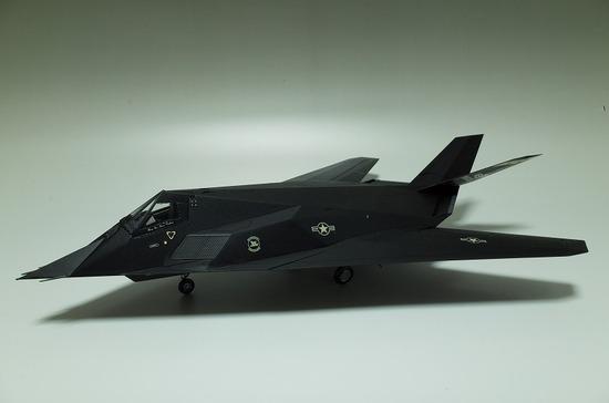 F-117A ナイトホーク プラモデル