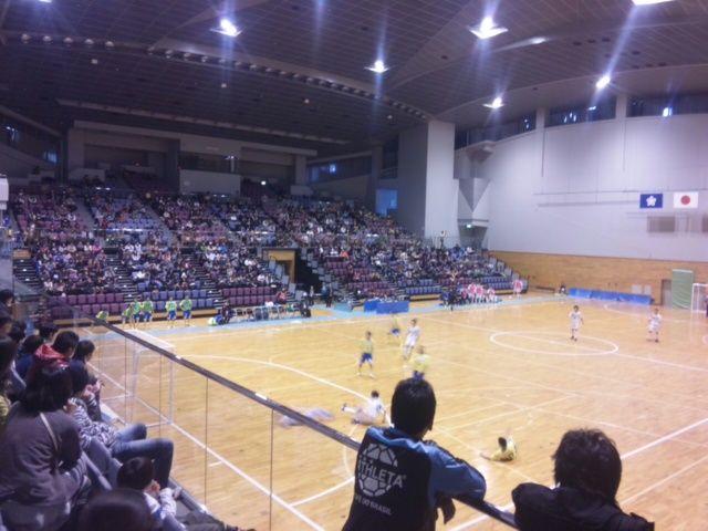 700名 in アクシオン福岡 : KOOL...