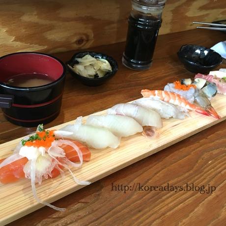 寿司屋で謎のマキ・・・