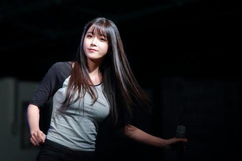 rainbow ヒョニョン巨乳151027 (13)
