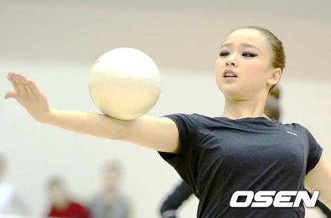 新体操 ソン・ヨンジェの乳首 (3)