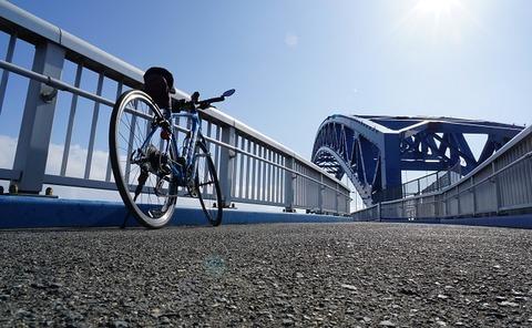 上野⑤青い午後(千歳橋)