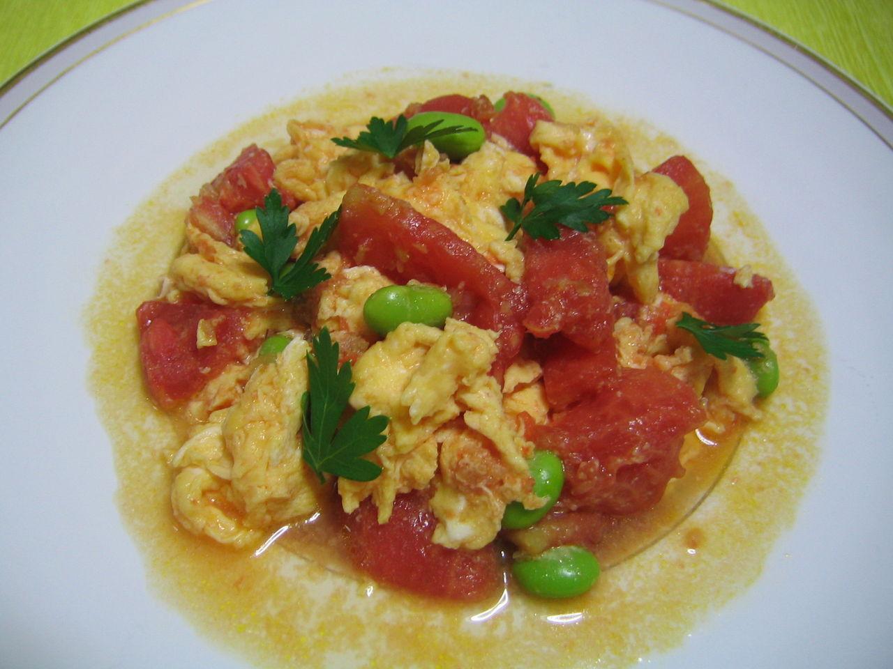 トマトと枝豆のフワフワ卵