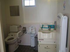 海岸トイレ2