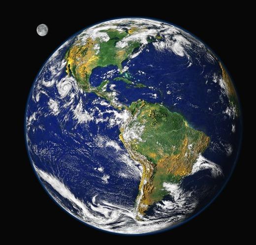 宇宙から見た地球の写真chikyu