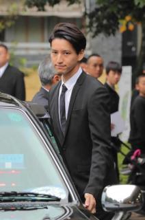 元KAT-TUN・田口淳之介容疑者と小嶺麗奈容疑者逮捕 大麻所持