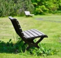 公園のベンチに座っただけで通報されたおじさん
