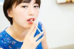 女っぷりが上がるタバコの吸い方を大研究!