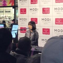 川嶋あい 路上ライブ1000回目の思い出の地で12年振りライブ!