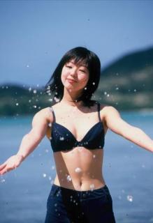 タイで発見された中古フィルムに水着の日本人美少女 元アイドルと判明
