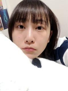 松井玲奈、寝る直前のすっぴん写真が話題
