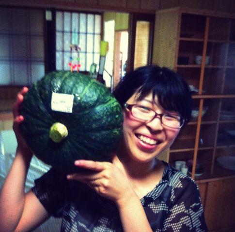 私の顔より大きい、かぼちゃをゲット!!