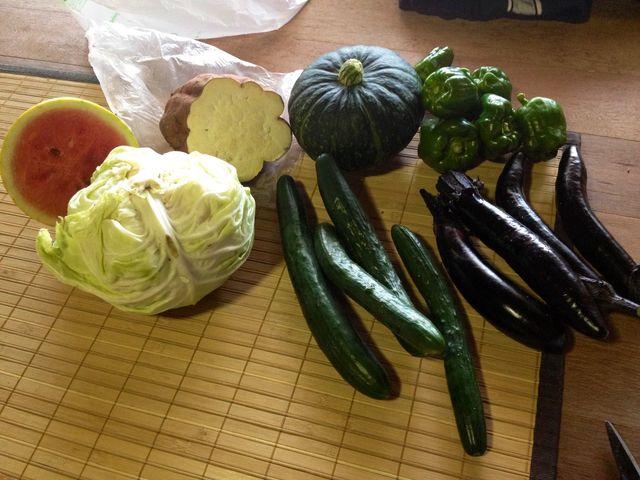 お隣さんからお野菜のお裾分け♪