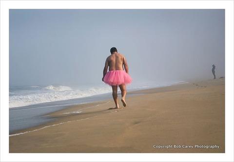 beach-walk_the-tutu-project
