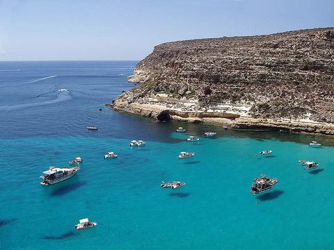 Lampedusa_Island_3