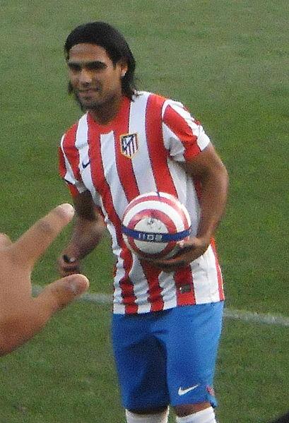 Falcao_Presentación_Atletico_(cropped)