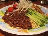 成有亭さんの坦々麺