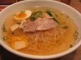 元祖平壌冷麺屋道頓堀極楽商店街店さんの冷麺