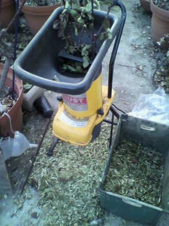 ガーデンシュレッダーの出番