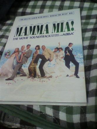 P1008768マンマミーアサウンドトラック版