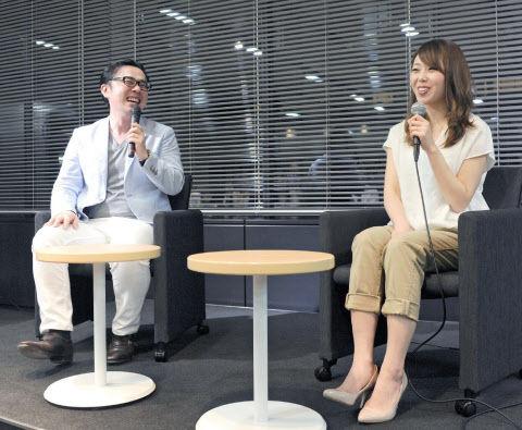 対談する坪田さん(左)と小林さん