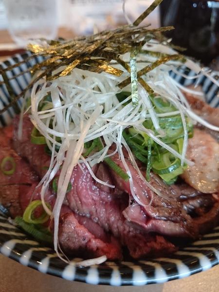 近江牛のハラミ丼 (3)