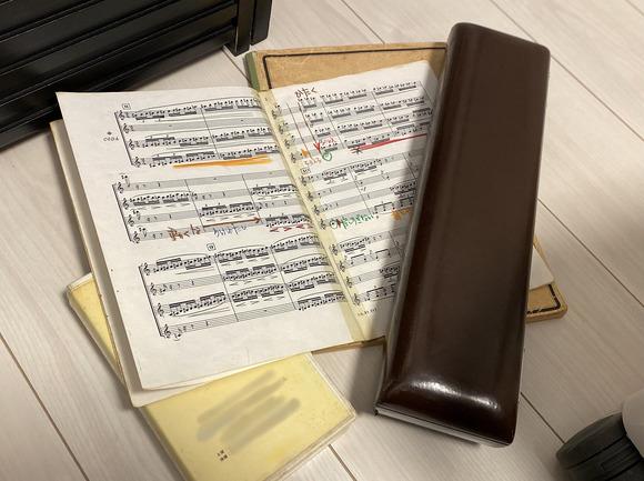 アンコンの楽譜とフルート